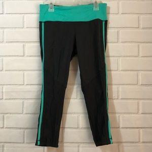 lululemon athletica Pants - Lululemon Race with Grace Crops Size 6